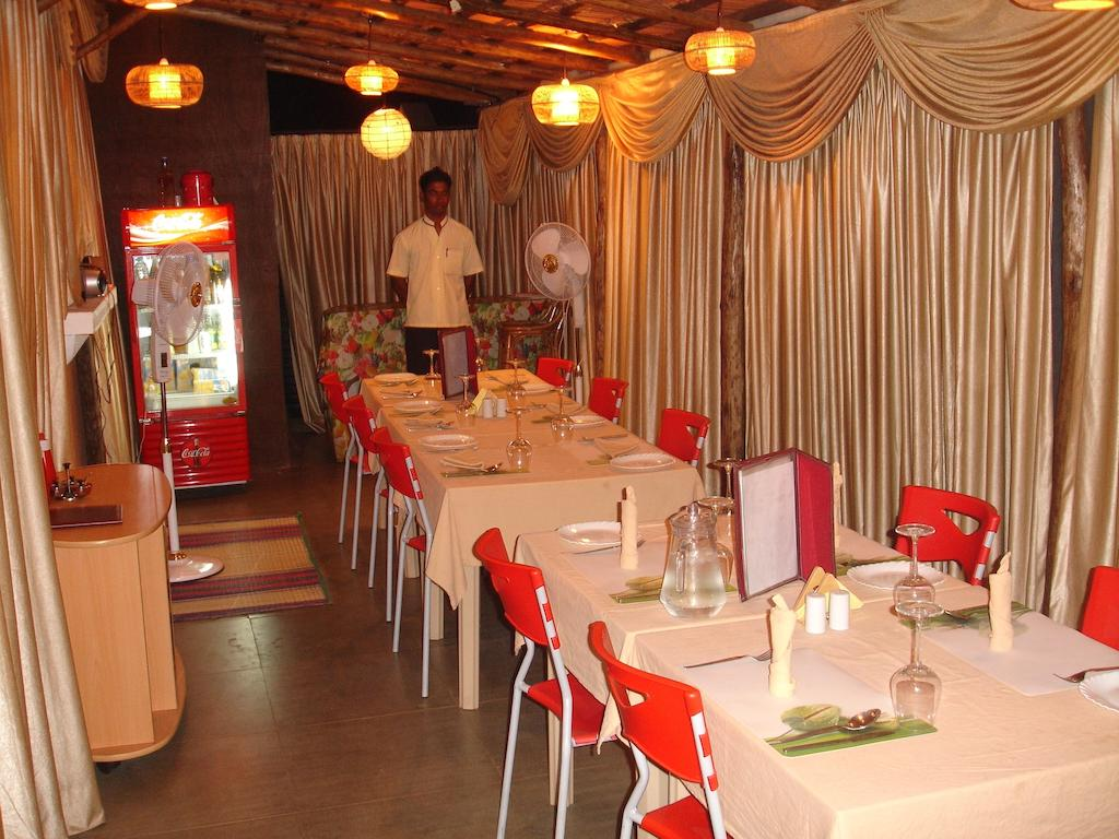Sandray Luxury Apartment Calangute Restaurant